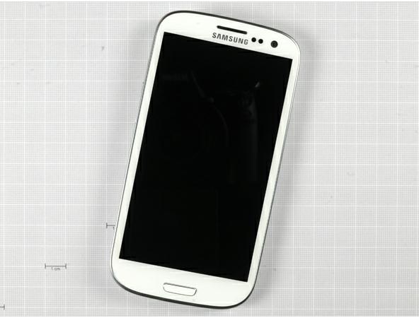Samsung GALAXY S3 被 iFixit 拆解,相機感光元件與 iPhone 4S 相同?