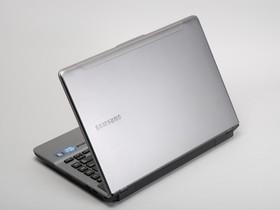 Samsung Series 5  500:好音質主流效能筆電評測