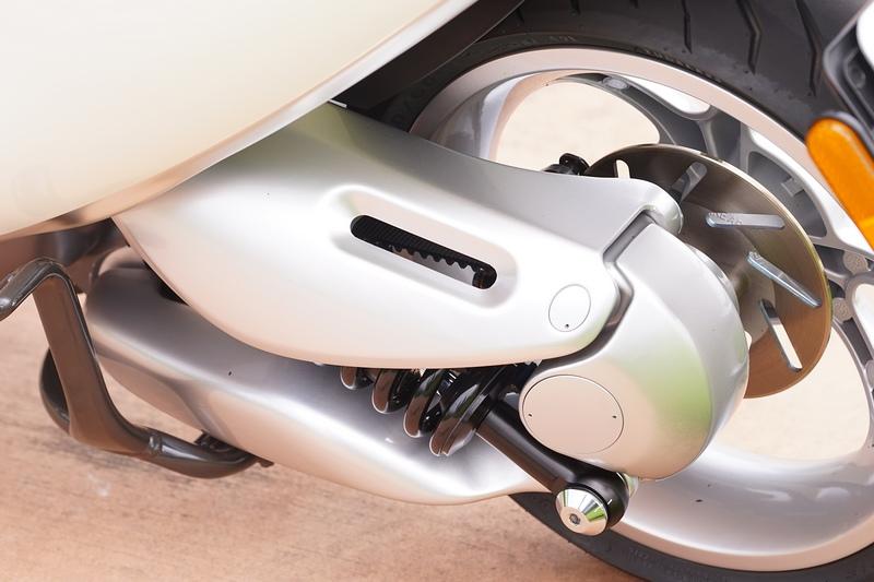 Gogoro 電動機車細節大公開,從車架到水冷系統完全說明