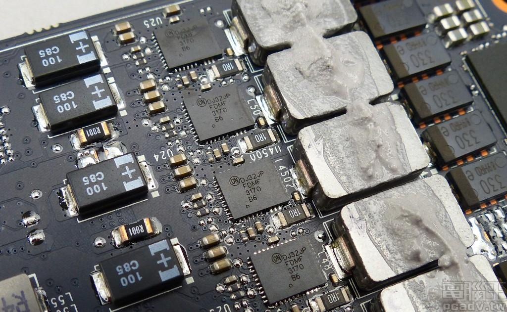 FDMF3170 Smart Power Stage 模组,单颗电流乘载能力为 70A
