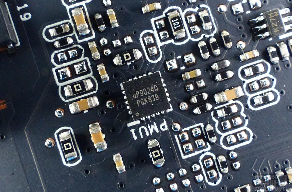 記憶體 2 相由 uP9024Q 負責控制
