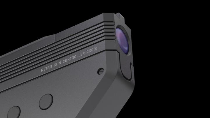 它採用影像辨�技術標定槍口指向。