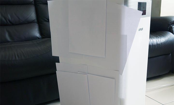 最高一次可吸上 16 張 A4 紙,這吸力真的是太強大了啊!大家也不妨可以實測一下,自家的空氣清淨機一次可吸幾張紙呢?