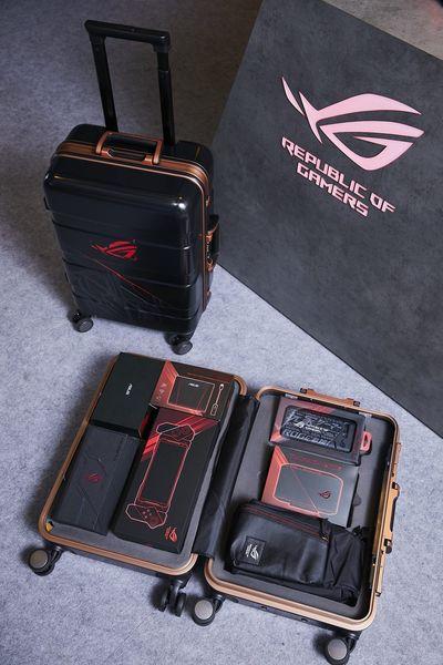 ROG Phone II大全配行李箱,建議售價:NT$31,730,優惠價:NT26,990