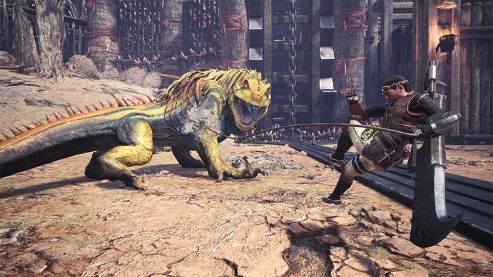 飛翔爪可以抓住�物,讓玩家攀爬到�物上進行攻擊。