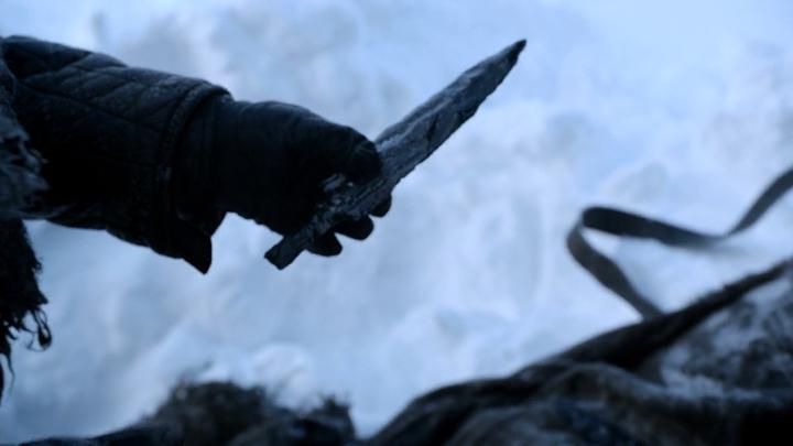 殺�異鬼的神器——龍晶