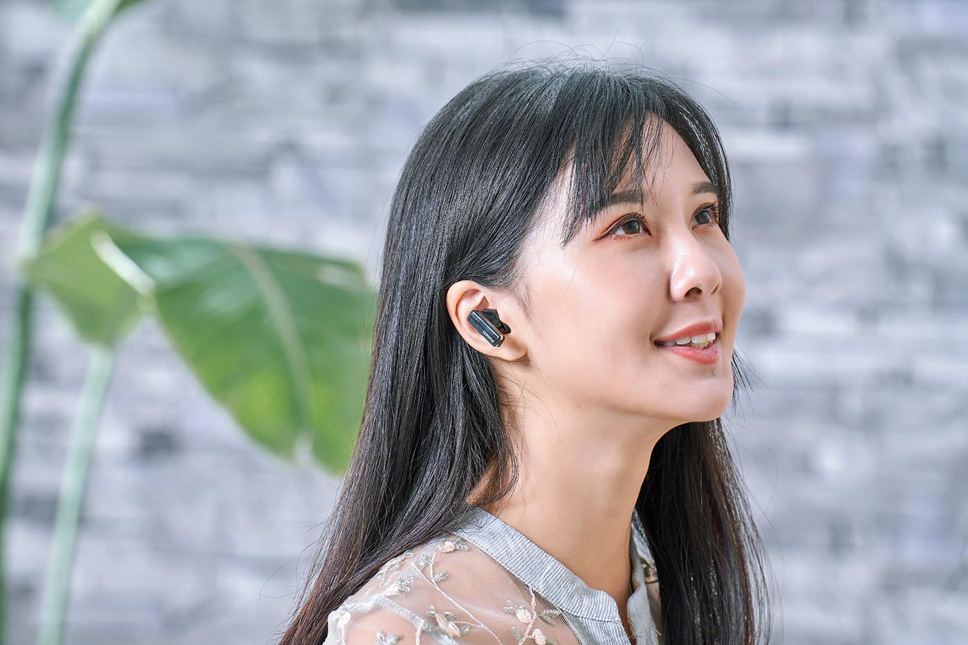 全球首款智能動態降噪耳機 Huawei FreeBuds Pro 寧靜評測