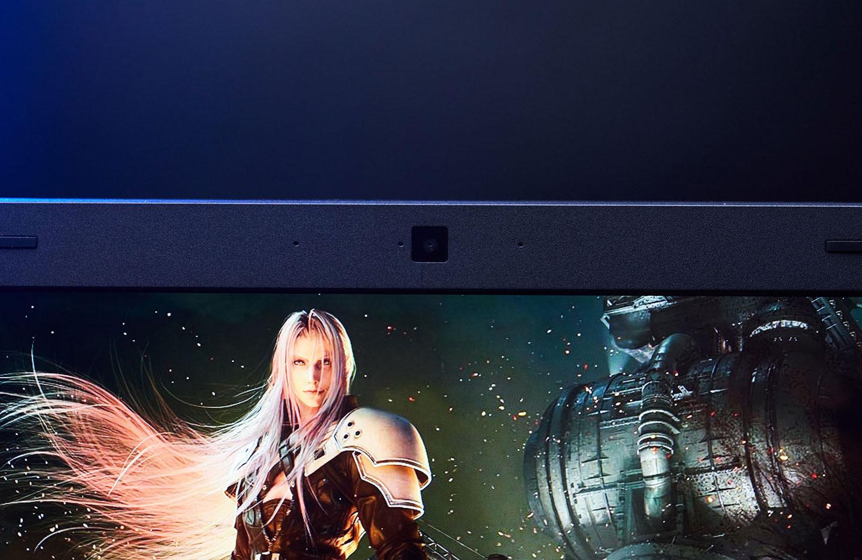 螢幕上方設置了視訊攝影機與陣列式麥克風。