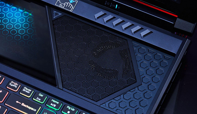 透過 HyperDrift 強化進氣效果,也能提升Predator Helios 700 的整體效能。
