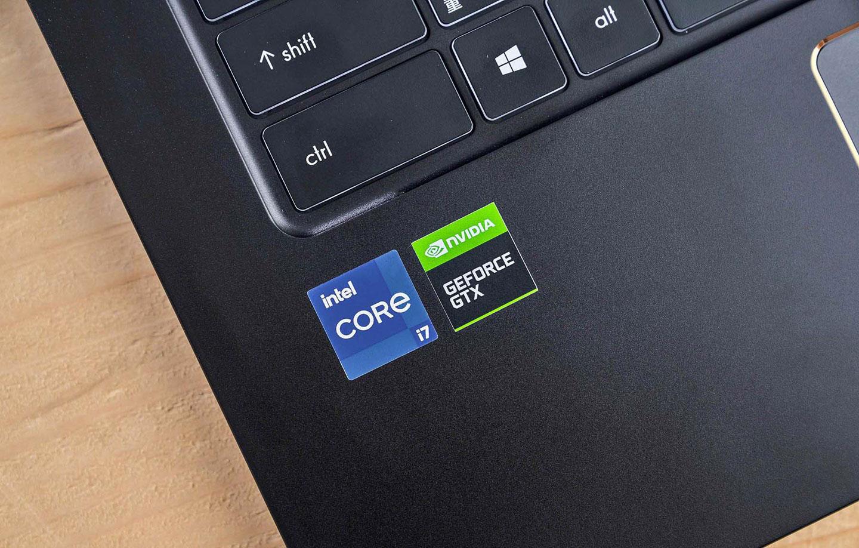 MSI Summit E 系列皆搭載第 11 代 Intel Core i7 處理器,並配置效能更出色的 NVIDIA GeForce GTX 1650 Ti 獨立顯卡。