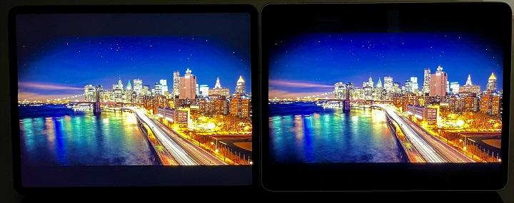 在黑色的表現上差異較明顯,採 mini LED 顯示技術的新款 iPad Pro 12.9 吋,所呈現的黑更黑,2018 年的 iPad Pro 12.9 吋則顯偏向灰色,在畫面的上下可以看出明顯差異。