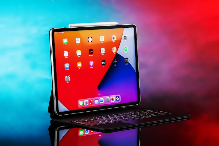 iPad Pro 2021 的 12.9 吋,為今年蘋果最強大的平板電腦。
