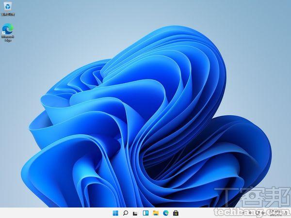 Windows 11全新的 Windows 11預�桌布就像一朵花,過往的四方格 Windows標誌元素消失,風格�計美觀度與整體感提升許多。