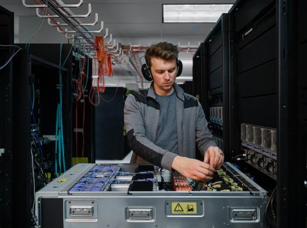 新一代IBM Power伺服器發布,性能比x86伺服器高2.5倍