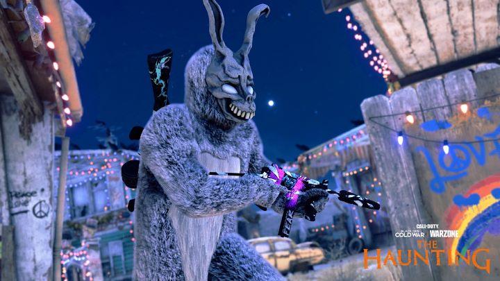恐怖電影「怵目驚� 28 天」經典角色「兔�法�克」迎接玩家內心恐懼。